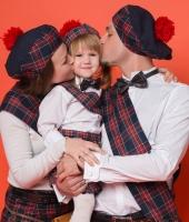 Scottish Kiltsman (Irish) costume rentals.