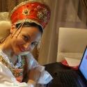 Администратор клуба Зебра в женском русском народном костюме в прокат