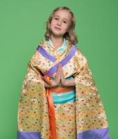 moskostumer.ru японское золотое кимоно для девочки 1