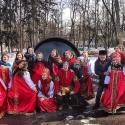 Аниматоры в русских народных костюмах на праздновании Масленицы в Сокольниках