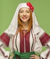 Women Moldavian national costume for rent