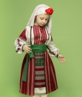 Moldavian national costume rentals for a girl
