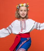 Украинские национальные костюмы для детей напрокат.