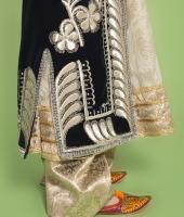 Узбекский женский национальный костюм