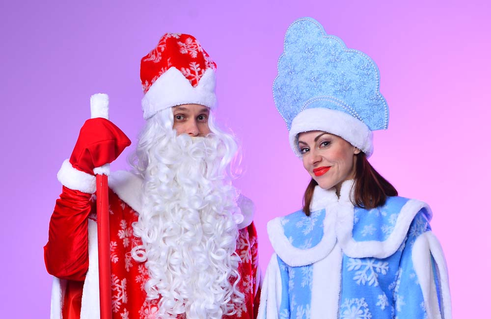 Бесплатные авиабилеты пассажирам в костюмах Деда Мороза и Снегурочки